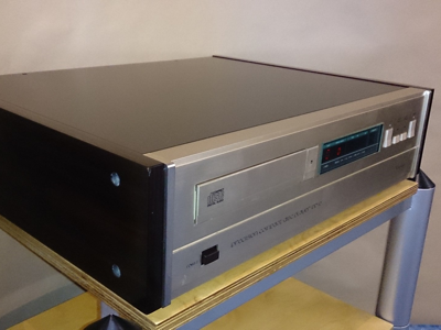 Accuphase DP70
